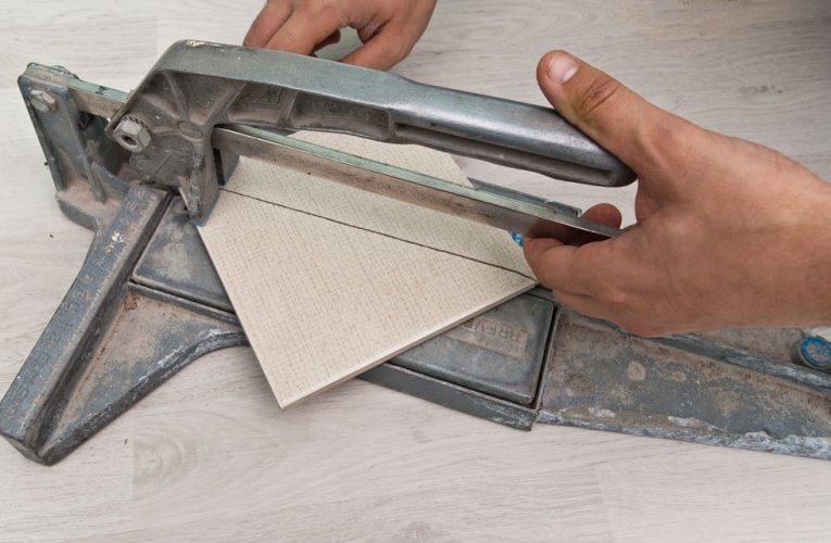 Comment faire pour couper un carreau ?